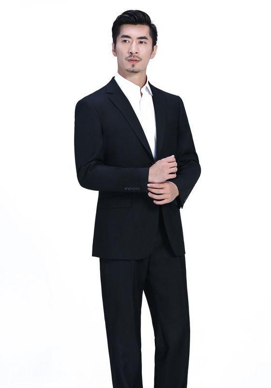 怎样穿出西装绅士风格?